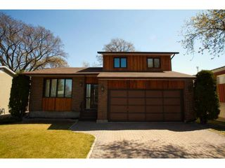 Photo 1: 77 Bright Oaks Bay in WINNIPEG: St Vital Residential for sale (South East Winnipeg)  : MLS®# 1208098