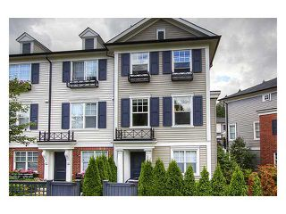 """Photo 1: 57 101 FRASER Street in Port Moody: Port Moody Centre Townhouse for sale in """"CORBEAU"""" : MLS®# V966315"""