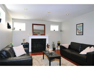 Photo 4: 8269 17TH Avenue in Burnaby: East Burnaby House for sale (Burnaby East)  : MLS®# V969509