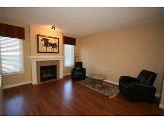 Photo 8: 32 MIKE RALPH Way SW in CALGARY: Garrison Green Townhouse for sale (Calgary)  : MLS®# C3557890