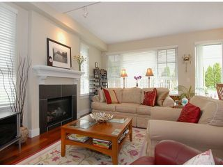 """Photo 2: 102 2501 161A Street in Surrey: Grandview Surrey Townhouse for sale in """"Highland Park"""" (South Surrey White Rock)  : MLS®# F1307524"""