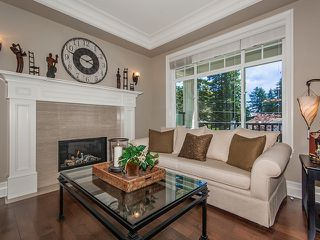 Photo 2: 16039 10TH Avenue in Surrey: King George Corridor House for sale (South Surrey White Rock)  : MLS®# F1316675