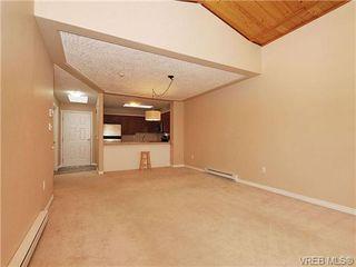 Photo 4: 310 400 Dupplin Rd in VICTORIA: SW Rudd Park Condo for sale (Saanich West)  : MLS®# 650886