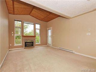 Photo 3: 310 400 Dupplin Rd in VICTORIA: SW Rudd Park Condo for sale (Saanich West)  : MLS®# 650886
