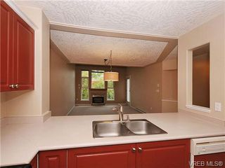 Photo 10: 310 400 Dupplin Rd in VICTORIA: SW Rudd Park Condo for sale (Saanich West)  : MLS®# 650886