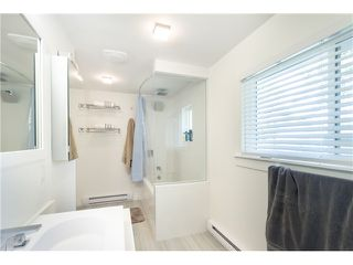 Photo 10: 10930 141ST Street in Surrey: Bolivar Heights House for sale (North Surrey)  : MLS®# F1418193