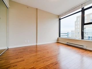 "Photo 6: 801 1068 W BROADWAY in Vancouver: Fairview VW Condo for sale in ""THE ZONE"" (Vancouver West)  : MLS®# V1079298"