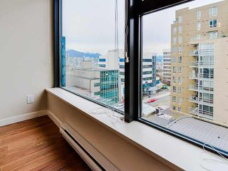 "Photo 7: 801 1068 W BROADWAY in Vancouver: Fairview VW Condo for sale in ""THE ZONE"" (Vancouver West)  : MLS®# V1079298"
