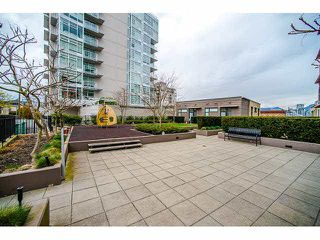 "Photo 17: 801 1068 W BROADWAY in Vancouver: Fairview VW Condo for sale in ""THE ZONE"" (Vancouver West)  : MLS®# V1079298"