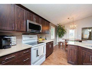 Photo 3: 420 De La Seigneurie Boulevard in WINNIPEG: Windsor Park / Southdale / Island Lakes Residential for sale (South East Winnipeg)  : MLS®# 1422210