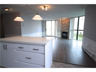Photo 5: # 302 1199 EASTWOOD ST in Coquitlam: North Coquitlam Condo for sale : MLS®# V1110358