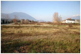 Photo 5: 350-390 Northwest Fraser Avenue in Salmon Arm: Harbourfront District Vacant Land for sale (NW Salmon Arm)  : MLS®# 10116559