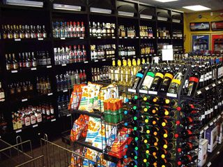 Photo 1: Liquor store and pub with property in Greater Vancouver: Commercial for sale (Vancouver)
