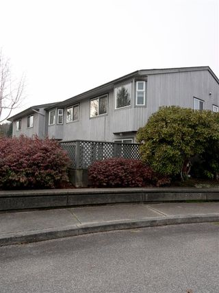 Photo 19: 19 5761 WHARF Avenue in Sechelt: Sechelt District Townhouse for sale (Sunshine Coast)  : MLS®# R2428590