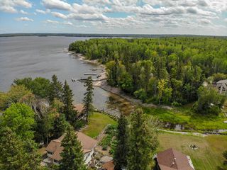 Photo 10: 12 Block 3 Nutimik Lake Road in Whiteshell Provincial Pk: R29 Residential for sale (R29 - Whiteshell)  : MLS®# 202004257