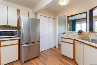 Photo 13: 1123 Munro St in Esquimalt: Es Saxe Point Half Duplex for sale : MLS®# 842474