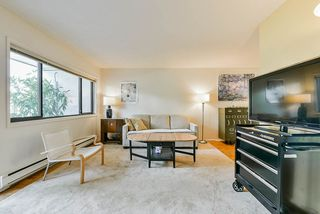 """Photo 18: 4 7363 MONTECITO Drive in Burnaby: Montecito Townhouse for sale in """"Montecito Villa"""" (Burnaby North)  : MLS®# R2481423"""