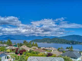"""Photo 2: 503 EAGLECREST Drive in Gibsons: Gibsons & Area House for sale in """"Oceanount Estates"""" (Sunshine Coast)  : MLS®# R2493447"""