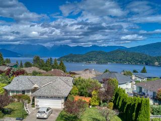 """Photo 40: 503 EAGLECREST Drive in Gibsons: Gibsons & Area House for sale in """"Oceanount Estates"""" (Sunshine Coast)  : MLS®# R2493447"""