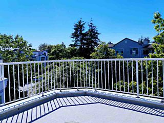 """Photo 1: 19 8711 JONES Road in Richmond: Brighouse South Townhouse for sale in """"CARLTON COURT"""" : MLS®# R2507109"""