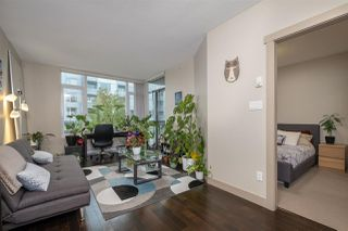 """Photo 5: 512 9009 CORNERSTONE Mews in Burnaby: Simon Fraser Univer. Condo for sale in """"THE HUB"""" (Burnaby North)  : MLS®# R2507886"""