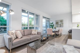 """Photo 2: TH1 230 CHESTERFIELD Avenue in North Vancouver: Lower Lonsdale Townhouse for sale in """"West Third"""" : MLS®# R2510476"""