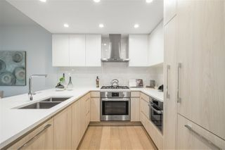 """Photo 11: TH1 230 CHESTERFIELD Avenue in North Vancouver: Lower Lonsdale Townhouse for sale in """"West Third"""" : MLS®# R2510476"""