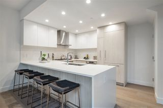 """Photo 10: TH1 230 CHESTERFIELD Avenue in North Vancouver: Lower Lonsdale Townhouse for sale in """"West Third"""" : MLS®# R2510476"""