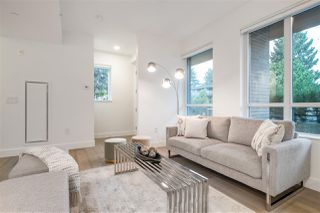 """Photo 4: TH1 230 CHESTERFIELD Avenue in North Vancouver: Lower Lonsdale Townhouse for sale in """"West Third"""" : MLS®# R2510476"""