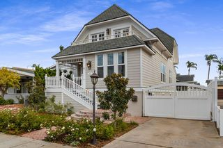 Photo 2: CORONADO VILLAGE House for sale : 6 bedrooms : 827 A Ave in Coronado