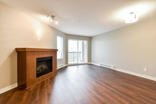 "Photo 9: 301 8915 202 Street in Langley: Walnut Grove Condo for sale in ""HAWTHORNE"" : MLS®# R2526896"