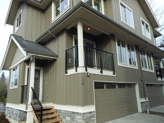 "Photo 1: 15 3266 147TH Street in Surrey: Elgin Chantrell Townhouse for sale in ""ELGIN OAKS"" (South Surrey White Rock)  : MLS®# F1220619"