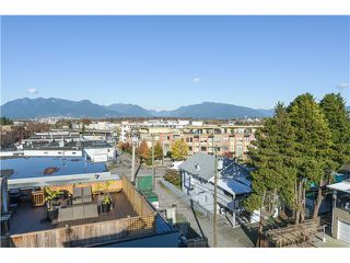 "Photo 8: 201 3736 COMMERCIAL Street in Vancouver: Victoria VE Townhouse for sale in ""Elements"" (Vancouver East)  : MLS®# V979765"