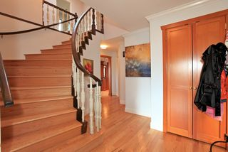Photo 8: 4175 ST MARYS Avenue in North Vancouver: Upper Lonsdale House for sale : MLS®# V980025