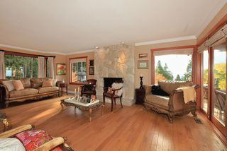 Photo 10: 4175 ST MARYS Avenue in North Vancouver: Upper Lonsdale House for sale : MLS®# V980025