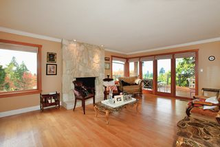 Photo 7: 4175 ST MARYS Avenue in North Vancouver: Upper Lonsdale House for sale : MLS®# V980025