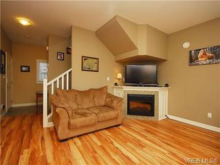 Photo 4: 101 937 Skogstad Way in VICTORIA: La Langford Proper Row/Townhouse for sale (Langford)  : MLS®# 643559
