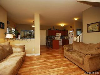 Photo 6: 101 937 Skogstad Way in VICTORIA: La Langford Proper Row/Townhouse for sale (Langford)  : MLS®# 643559