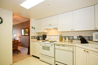 Photo 5: 310 1519 GRANT Ave in The Beacon: Glenwood PQ Home for sale ()  : MLS®# V791493