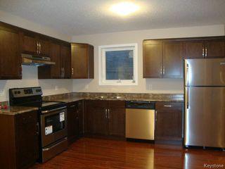 Photo 6: 363 RUTLAND Street in WINNIPEG: St James Residential for sale (West Winnipeg)  : MLS®# 1315826