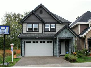 """Photo 1: 7856 211B Street in Langley: Willoughby Heights House for sale in """"YORKSON"""" : MLS®# F1320350"""