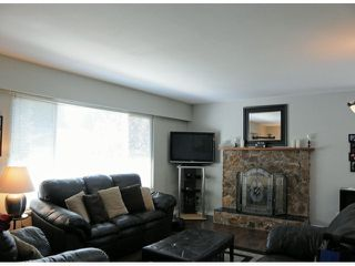 Photo 2: 7325 142A ST in Surrey: East Newton House for sale