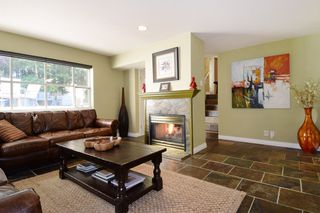 Photo 3: 60 DEERWOOD PLACE in PORT MOODY: Heritage Mountain Townhouse for sale (Port Moody)  : MLS®# R2005385