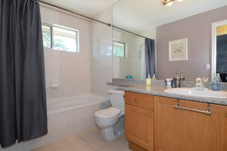 Photo 16: 60 DEERWOOD PLACE in PORT MOODY: Heritage Mountain Townhouse for sale (Port Moody)  : MLS®# R2005385