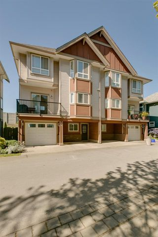 Photo 2: 22 1211 EWEN AVENUE in New Westminster: Queensborough Townhouse for sale : MLS®# R2077512