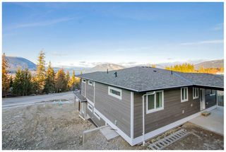 Photo 14: 1010 Southeast 17 Avenue in Salmon Arm: BYER'S VIEW House for sale (SE Salmon Arm)  : MLS®# 10159324