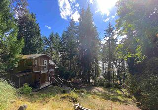 Photo 1: 555 GANNER Road: Galiano Island House for sale (Islands-Van. & Gulf)  : MLS®# R2489771