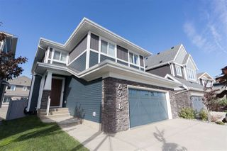 Photo 1: 6918 JOHNNIE CAINE Way in Edmonton: Zone 27 House for sale : MLS®# E4214501