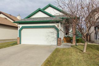 Photo 1: 32 Coverton Heights NE in Calgary: Coventry Hills Detached for sale : MLS®# A1046669