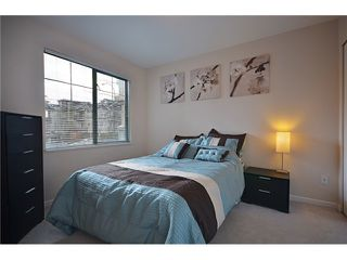 "Photo 6: 204 929 W 16TH Avenue in Vancouver: Fairview VW Condo for sale in ""OAKVIEW GARDENS"" (Vancouver West)  : MLS®# V938331"